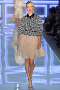 Christian Dior Spring/Summer 2012: ��������� 1950-� ����