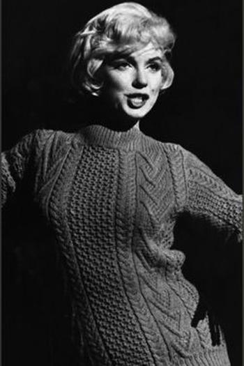 Светр (джемпер, пуловер) став вважатися елегантним одягом і припав до вподоби навіть кінодіві Мерилін Монро (Marilyn Monroe),
