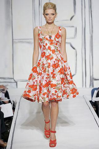 Особенности моды полных маленьких для женщин и. Вы даже можете подобрать цвет пижамы соответствующий полу будущего...