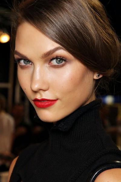Christian Dior - красные вампирские губы