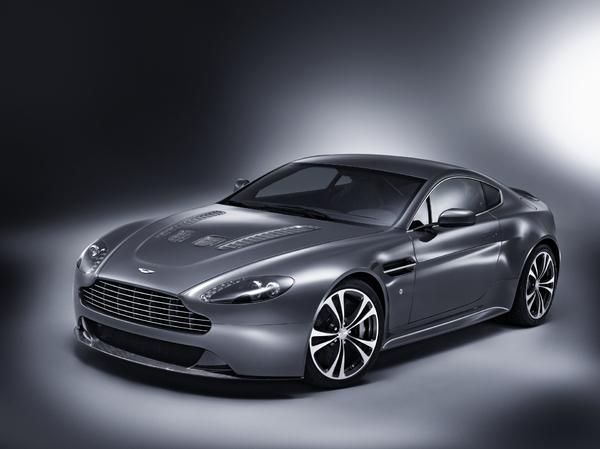 Aston Martin - самая дорогая машина в мире Фото