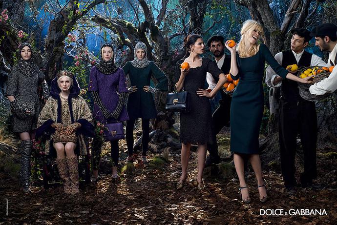 http://www.fashiontime.ru/upload/iblock/927/9270124e59afb43e2eede23dd43c6c59w690h530.jpg