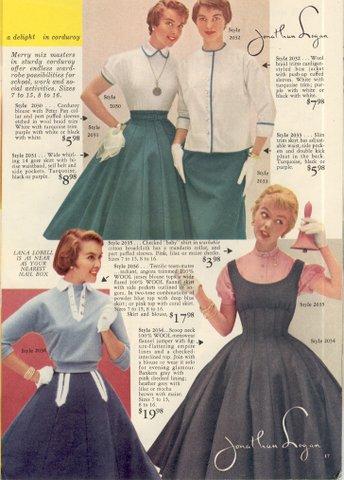 ...платья и шелковые набивные рубашки.