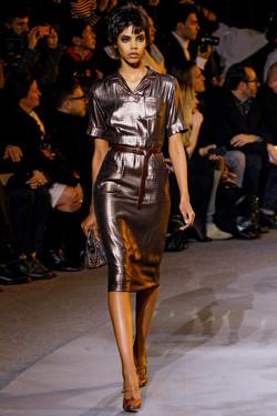 Фасоны модных платьев сезона осень-зима 2013 2014 8de7e92a3c8