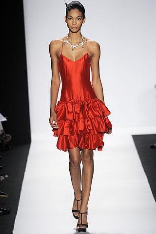 Коктейльные платья.  Маленькое коктейльное платье, конечно...