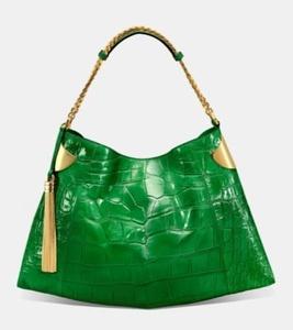 Этой весной Gucci провозгласили моду на 1970-е: объемные сумки из мягкой кожи, дорогие и эффектные материалы
