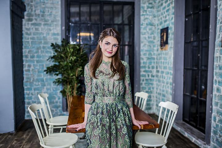 Фото: Эльмира Аббасова о карьере, учебе и планах на будущее