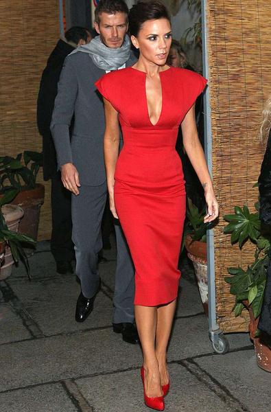 Красное модное платье 2014 как и с чем
