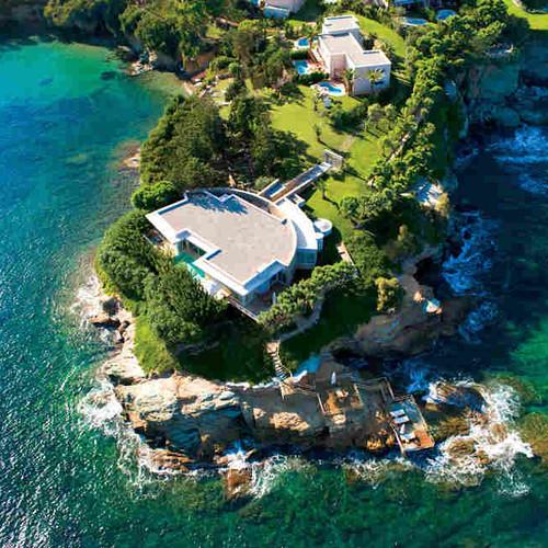 Nail Sunny разыгрывает поездку в Грецию