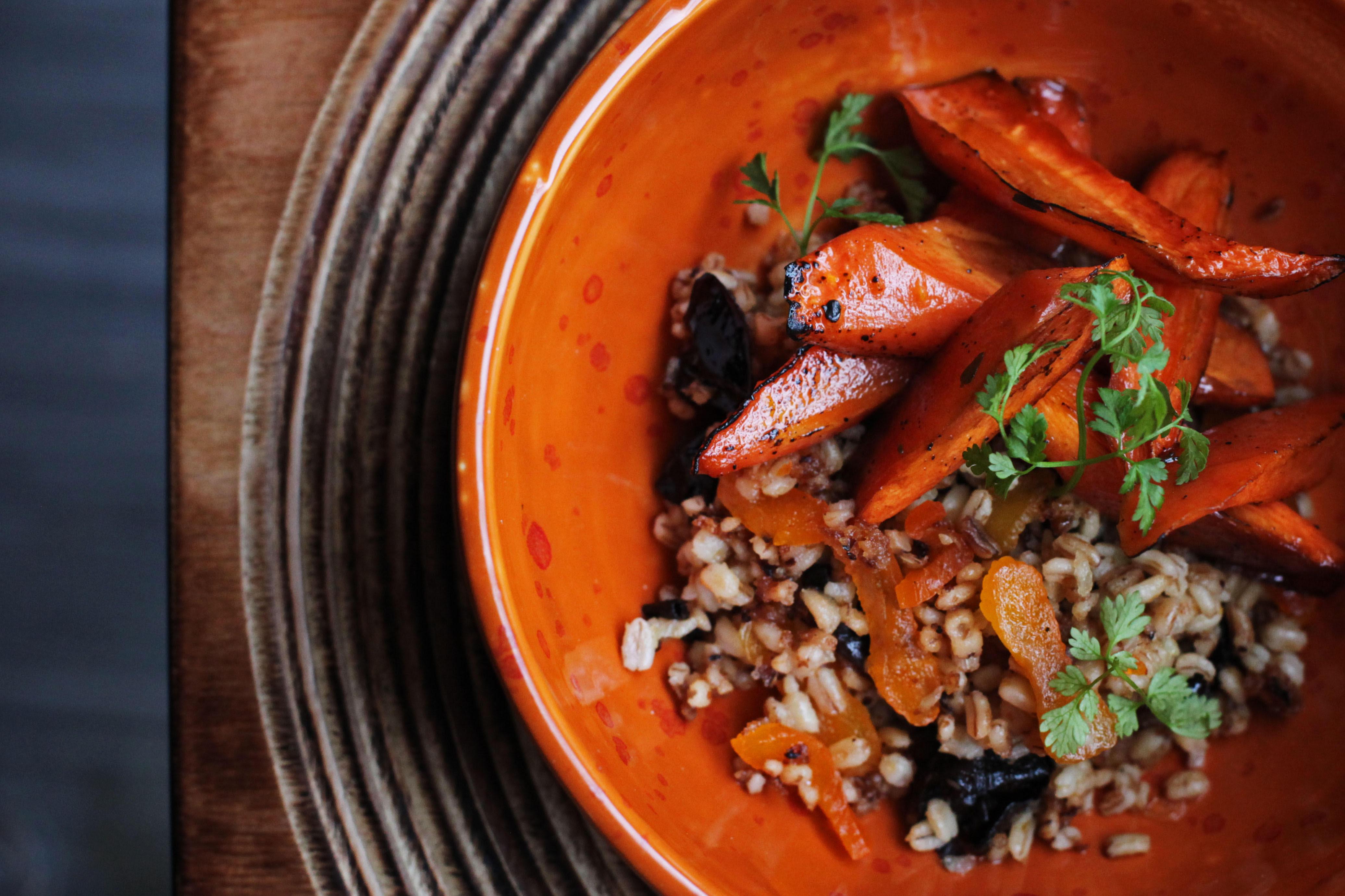 Фото: Постное меню: как приготовить перловку с морковью и сухофруктами