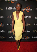 Лупита Нионго в платье Victoria Beckham,«12 Years A Slave» Cocktail Party hosted by InStyle