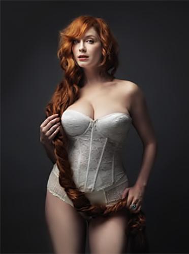 http://www.fashiontime.ru/upload/iblock/acd/748785w31646pChristinahendricks-ataphotoshoot-pretty-whitelingerie_210w600h600.jpg