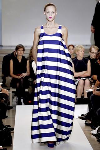 Модные тенденции весна-лето 2011 804359o34819djil_sanderw600h600