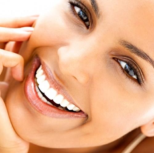 как отбелить зубы гидроперитом