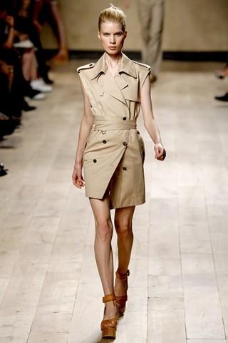 Celine - понравившиеся модели в стиле милитари и минимализма.