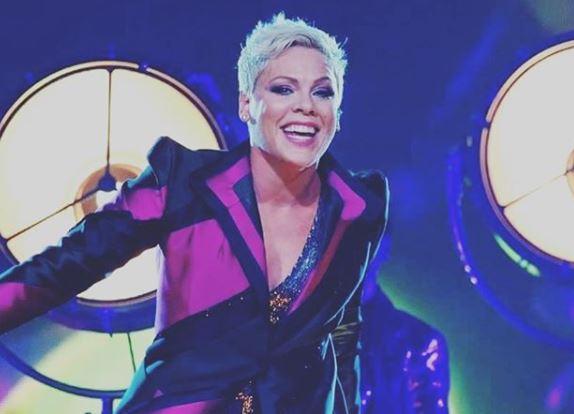 Фото: Журнал People назвал певицу Пинк самой красивой женщиной года