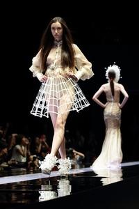 Платье из проволоки своими руками