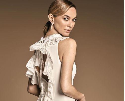Фото: Актриса Марта Хазас предпочла платье с инновационным вырезом на груди