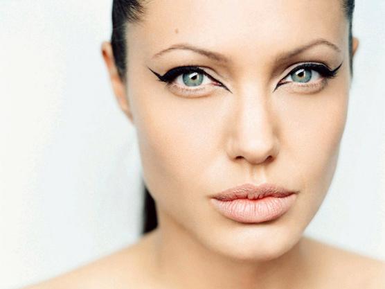 Мастер-класс: макияж для серых глаз ...