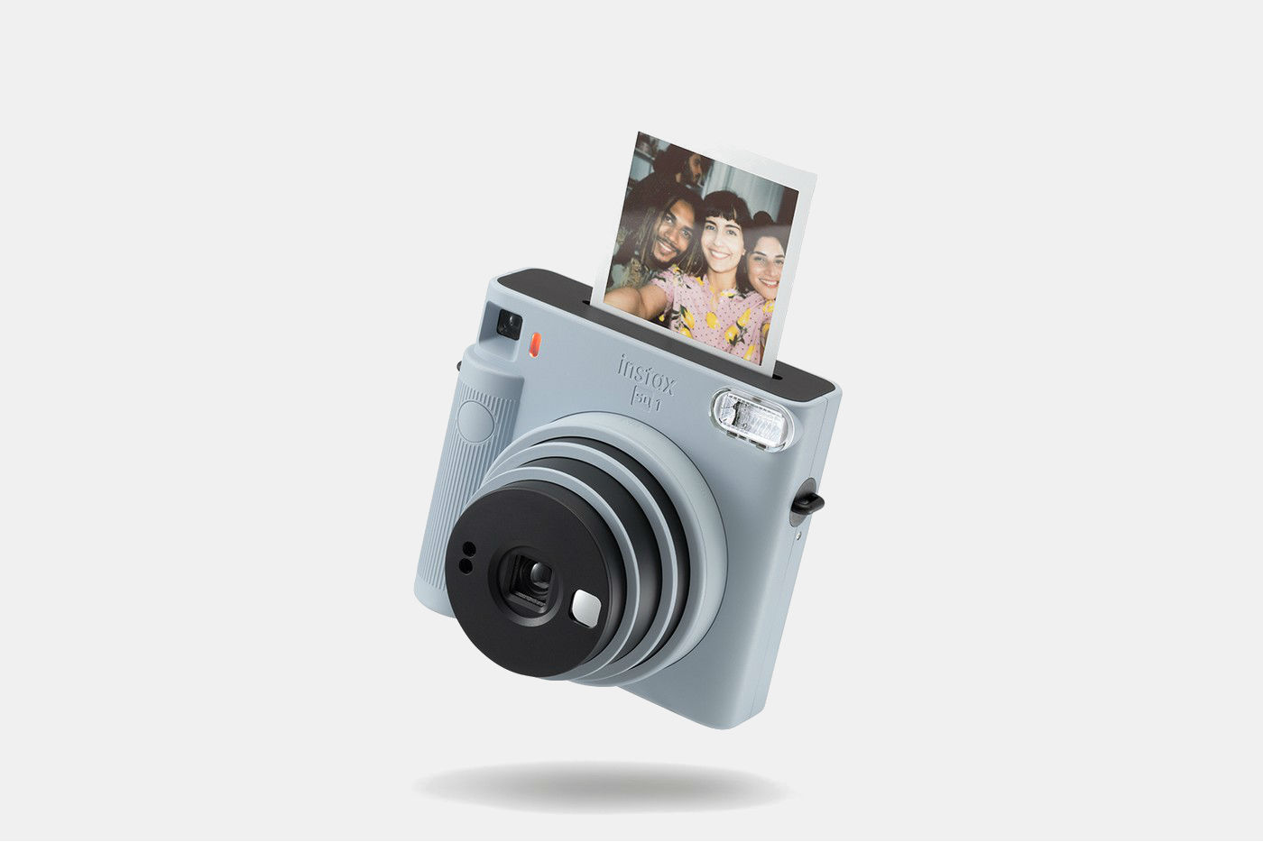 Фото: Новая камера Fujifilm instax Square SQ1 — мечта для минималистов