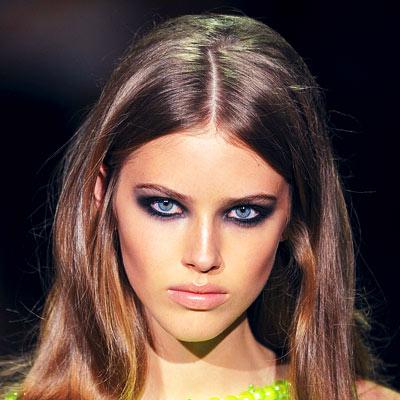 Стрижка для зеленых глаз