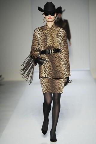 Фото - Одежда с леопардовым рисунком - хит сезона осень-зима 2010-2011.
