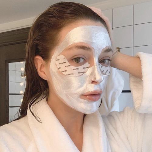 Самая эффективная очищающая маска лета 2020