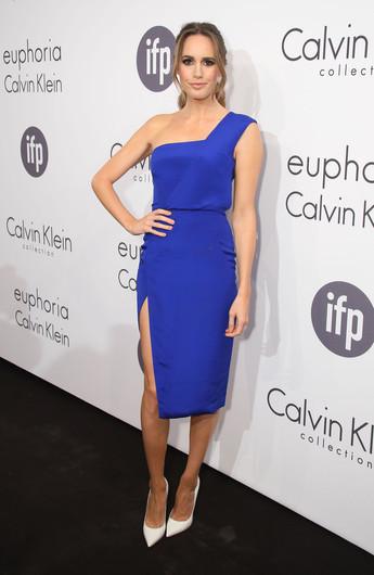 Платье синее на одно плечо