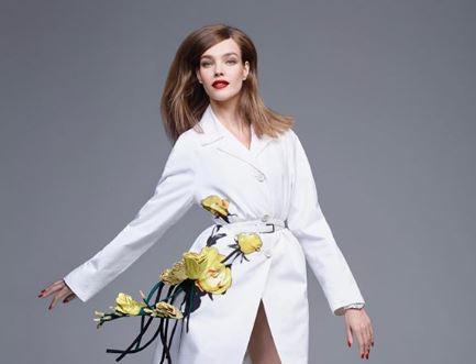 Фото: Наталья Водянова демонстрирует романтичный образ в белом