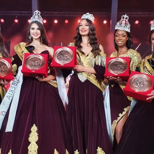 Представительница России завоевала 2-е место на международном конкурсе красоты «Мисс Земной Шар 2020»