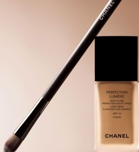 ��������� ����� ��������� �������� Chanel, Perfection Lumiere Foundation ����