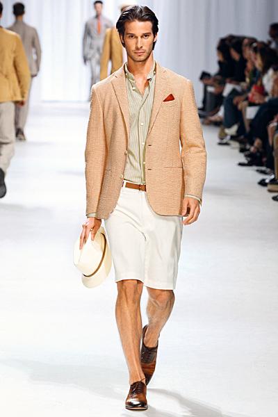 http://www.fashiontime.ru/upload/iblock/f2e/f2e490bbd7c7145f4b3181ac07672f49.jpg
