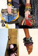 Двадцатый век показал, что мода на объёмные браслеты могла как угасать...