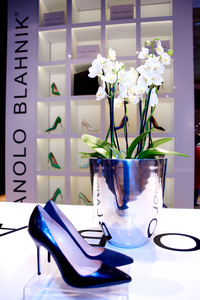 � ������ ���������� �������� Pop Up Store Manolo Blahnik ����